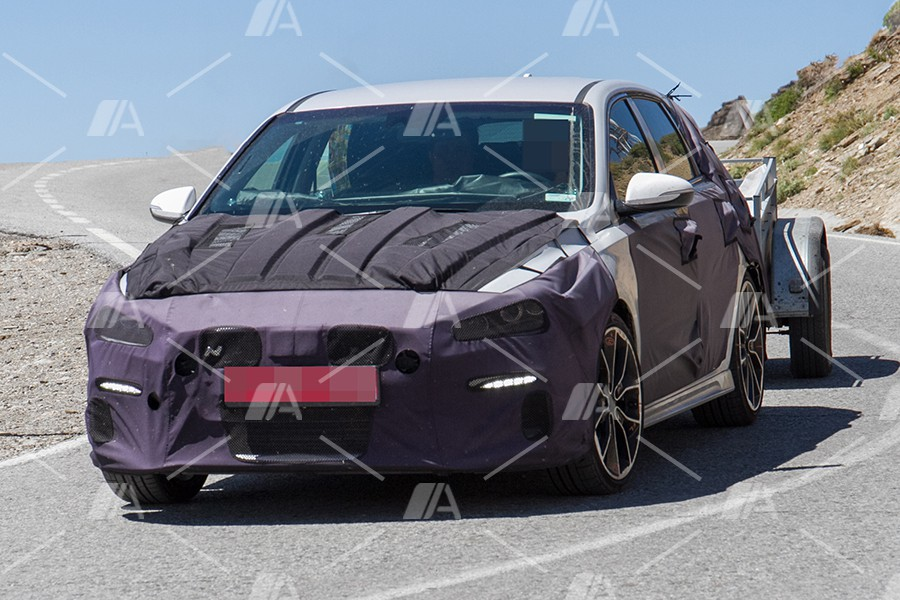 Nuevas fotos espía del Hyundai I30N, el GTi coreano