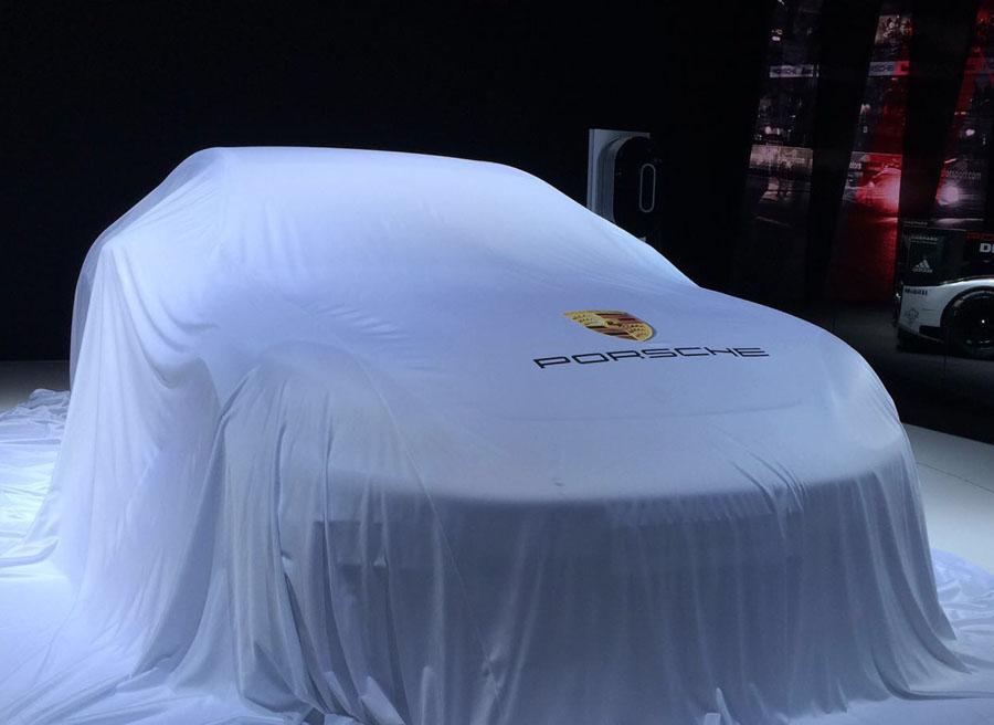 La gama se compone del Panamera Turbo, el Panamera 4S, el Panamera 4S Diesel y el Panamera 4 E-Hybrid.