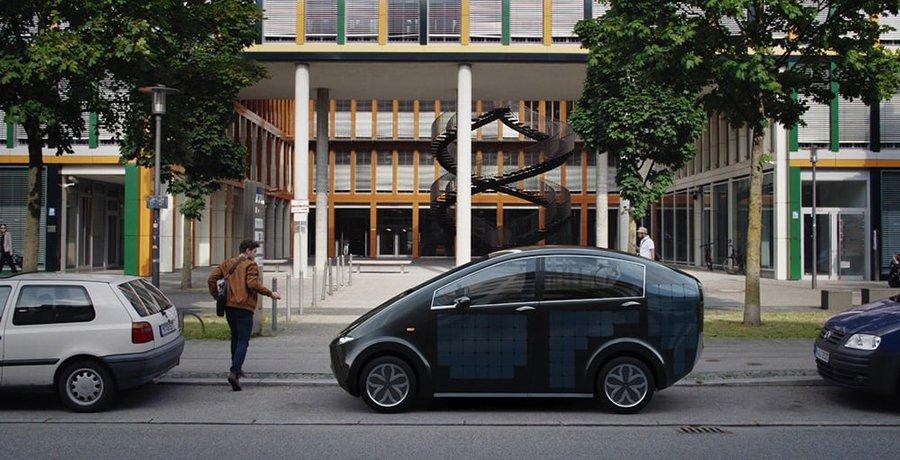 Sono Motors presenta un coche con paneles solares