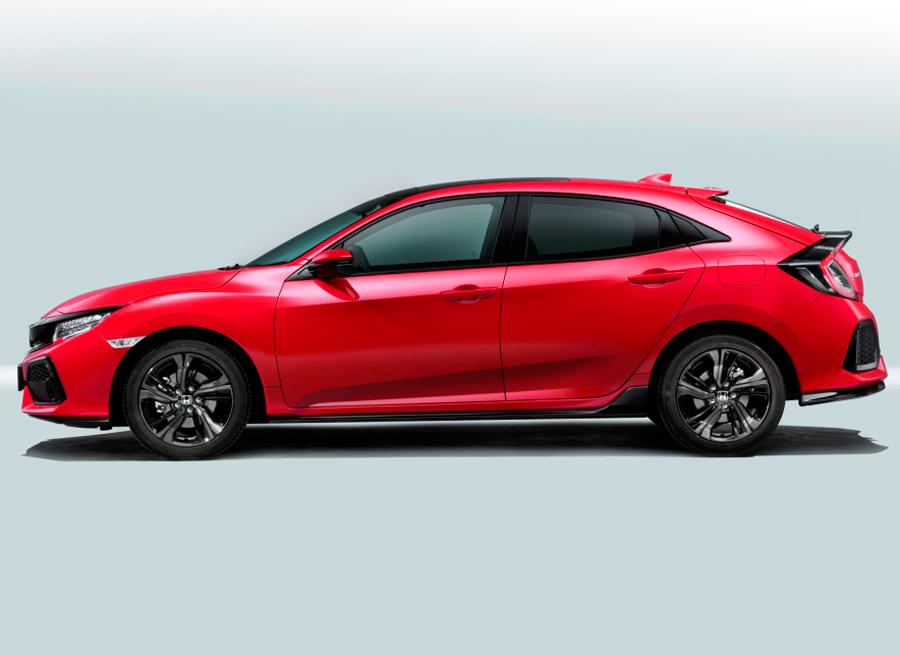 El nuevo Honda Civic destaca, como lo venía haciendo, por sus medidas compactas y aprovechamiento interior.