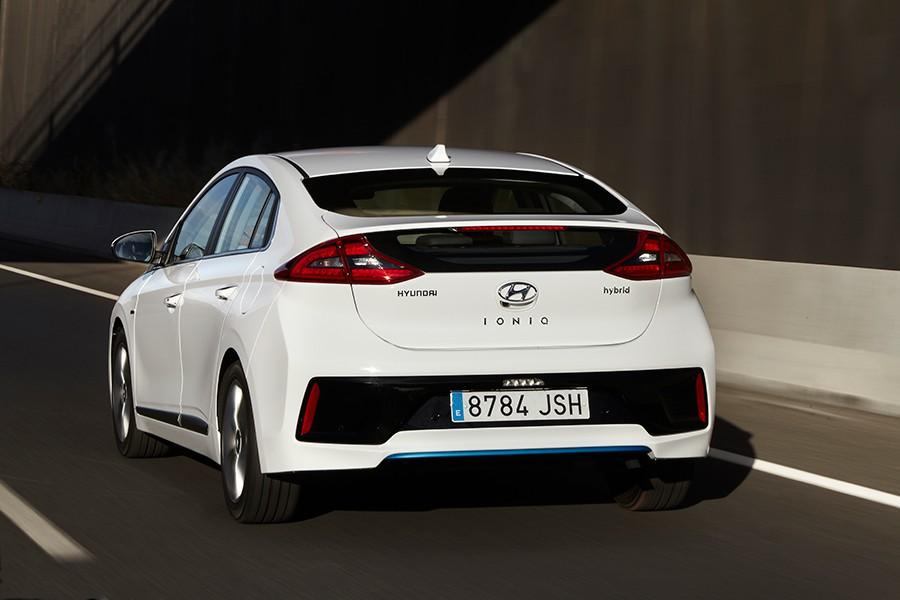 Presentación y prueba del nuevo Hyundai Ioniq 2016 12