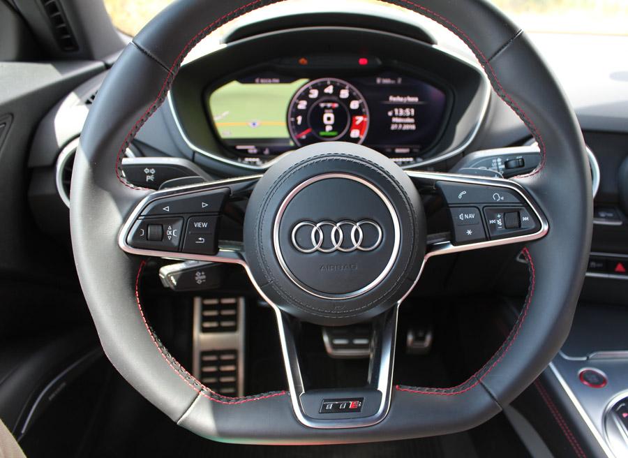 El cuadro de relojes se ve perfectamente en cualquier circunstancia de conducción.