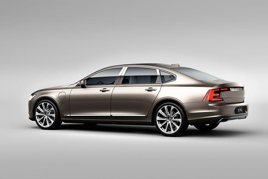 Nuevos Volvo S90 Excellence fabricados en China