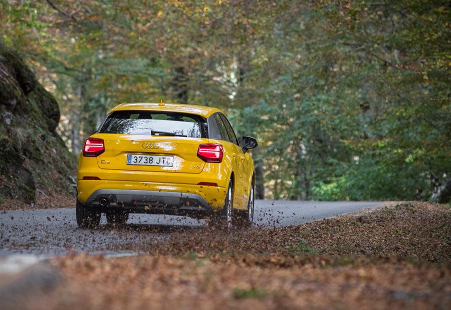 El nuevo Audi Q2, sin desmerecer en autopistas, se desenvuelve muy bien en ciudad y carreteras reviradas.