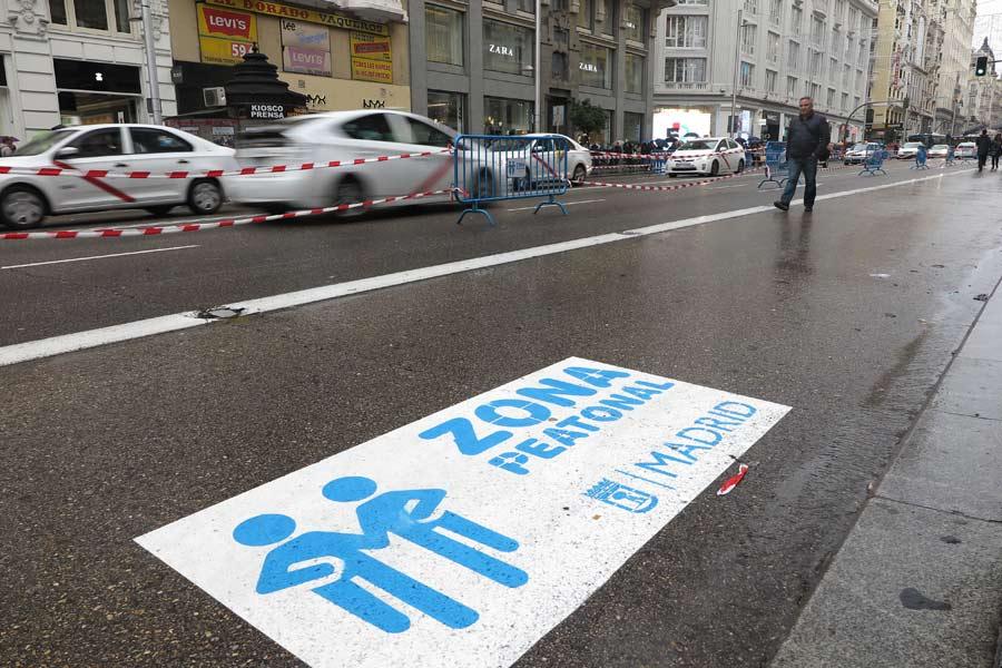 La Gran Vía de Madrid cerrará al tráfico definitivamente en junio