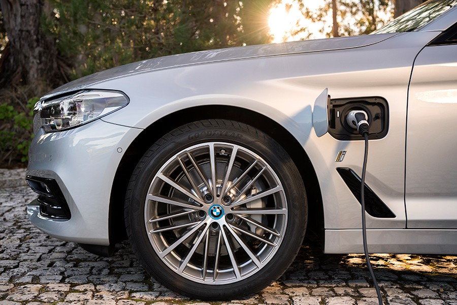 BMW 530 e iPerformance 2017