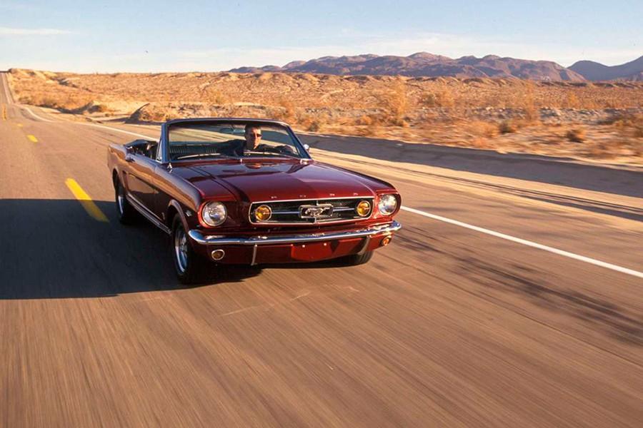 Los 10 coches más usados en películas