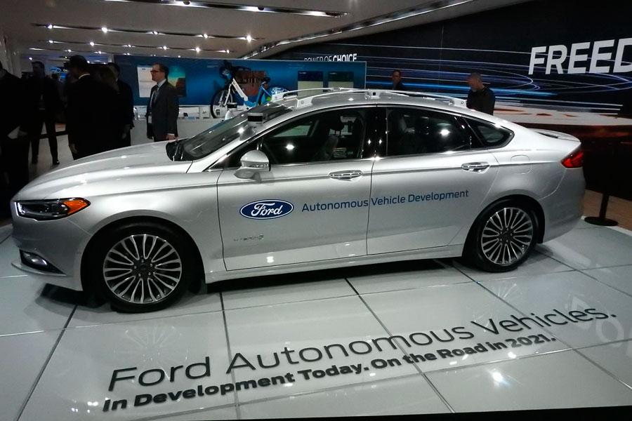Nuevo Ford Mondeo híbrido autónomo