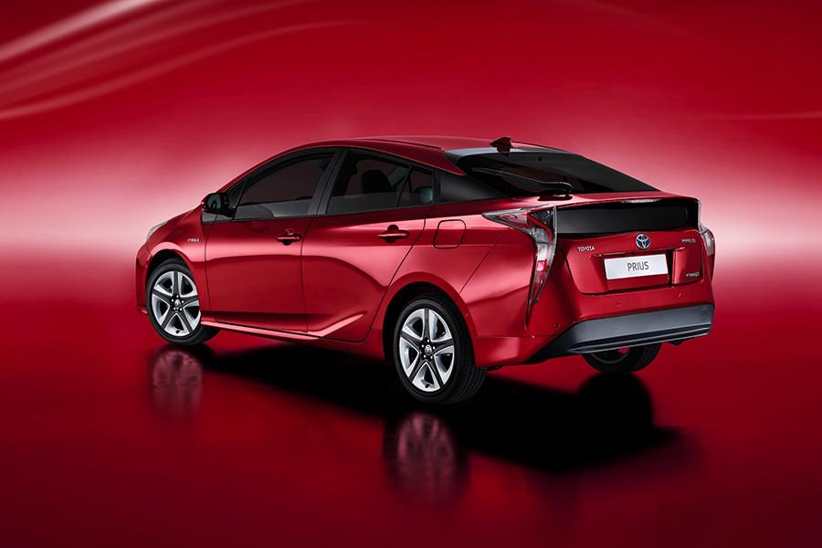 La estética del Prius sigue siendo muy particular.