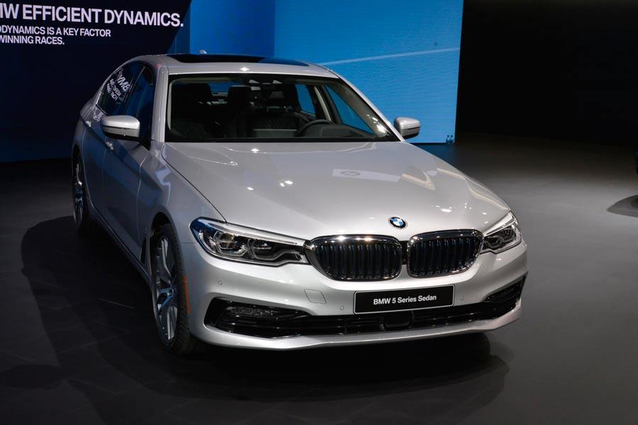 El nuevo BMW Serie 5 debuta en el Salón de Detroit 2017