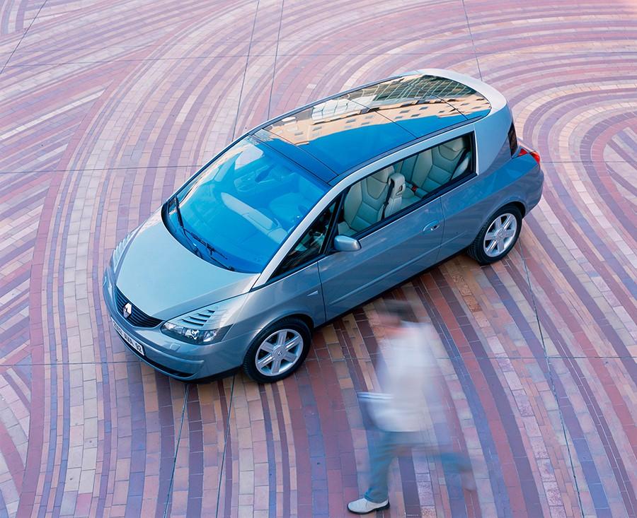 El Renault Avantime fue un fracaso comercial que le costó la vida a Matra.