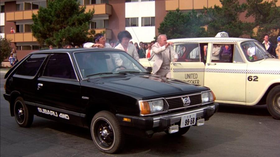 Subaru con Jackie Chan en Los Locos de Cannonball.
