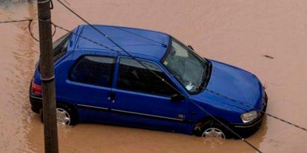 ¿Quién me indemniza si mi coche es arrastrado por una riada?