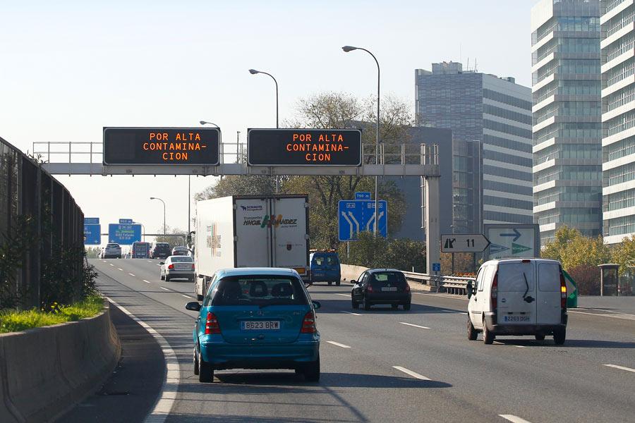 Qué pasa si circulo con mi coche por el centro de Madrid cuando no puedo por la matrícula.