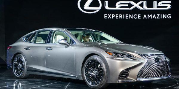 Nuevo Lexus LS 500 en el Salón de Detroit 2017