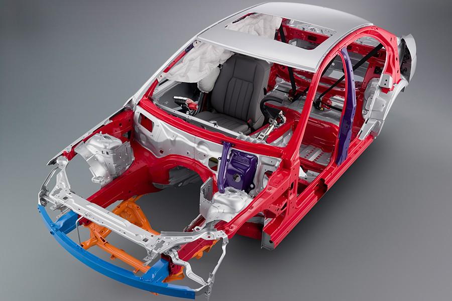 Las carrocerías autoportantes son mucho más seguras en caso de accidente que los chasis de largueros.