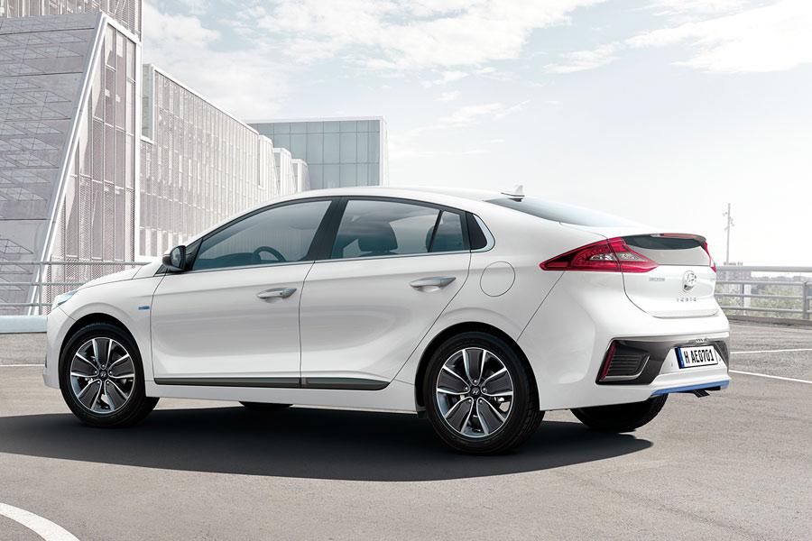Hyundai Ioniq 2016.