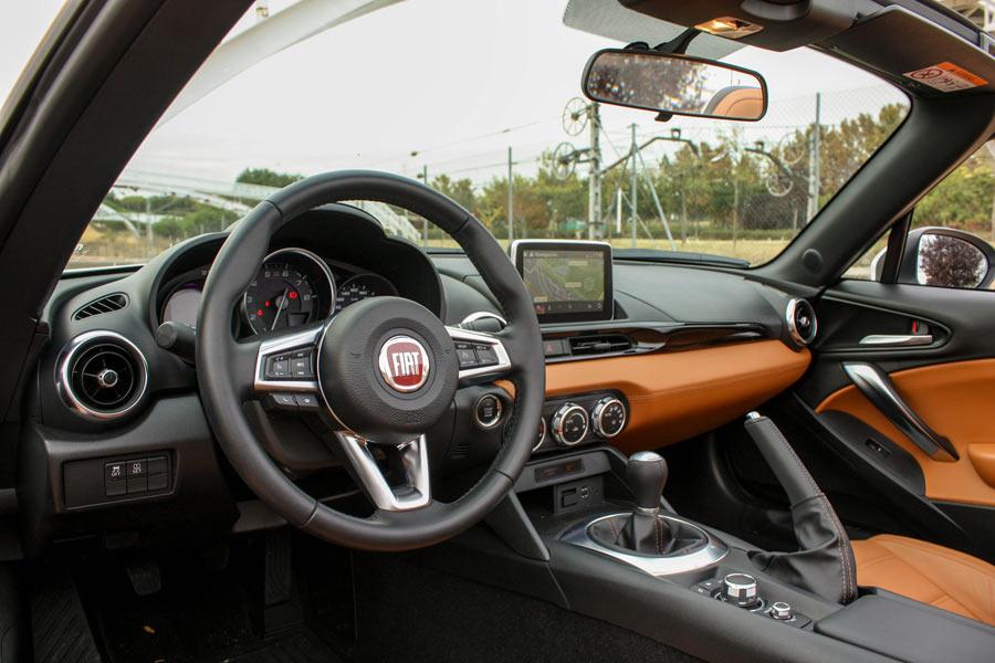 Fiat ha empleado materiales de mayor calidad que Mazda.