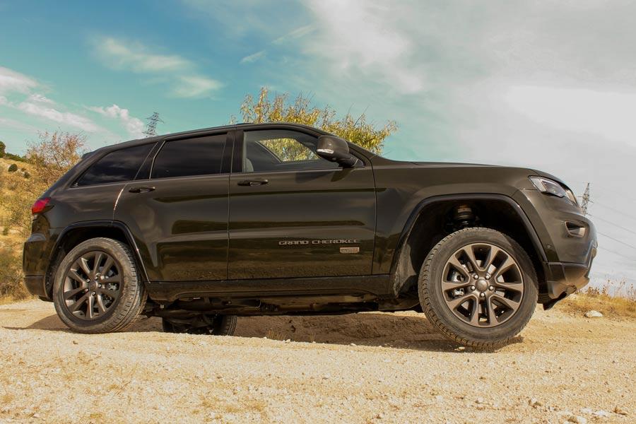 Jeep Grand Cherokee 75 Aniversario (4)