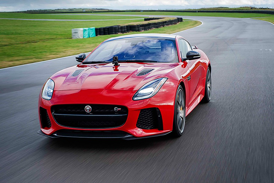 Novedades en el Jaguar F-Type 2017 con tecnología GoPro