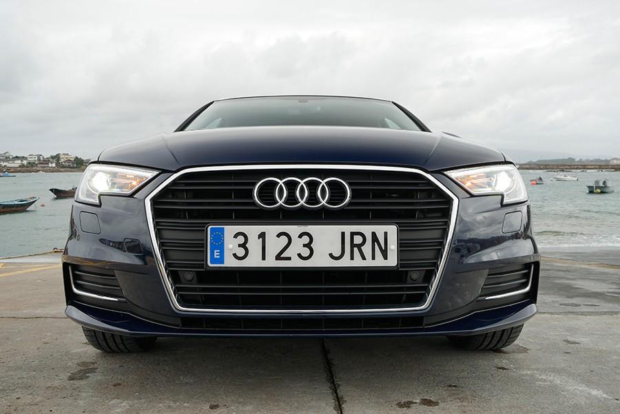 El Audi A3 se puso al día hace unos meses con unos rasgos más marcados.