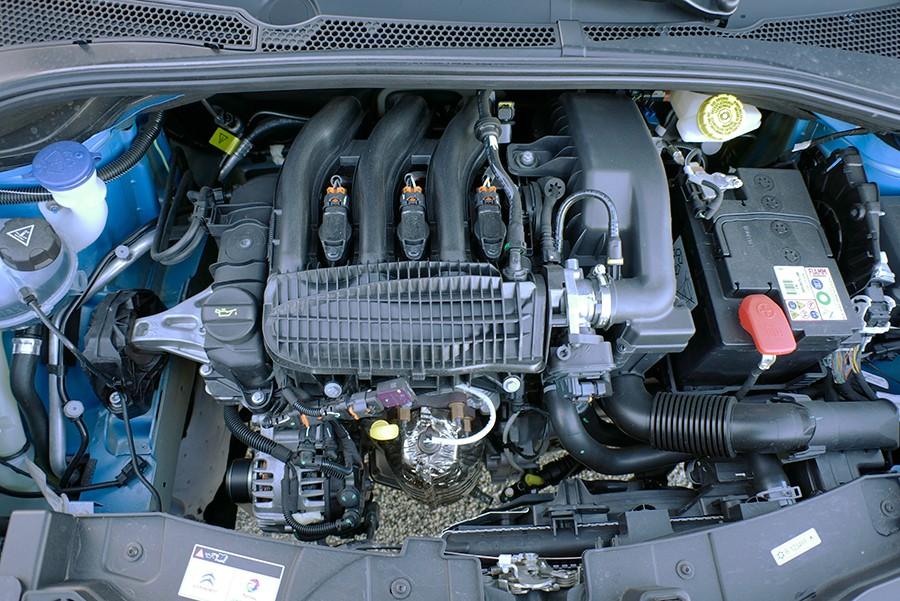 El motor de gasolina PureTech tiene unas prestaciones modestas.