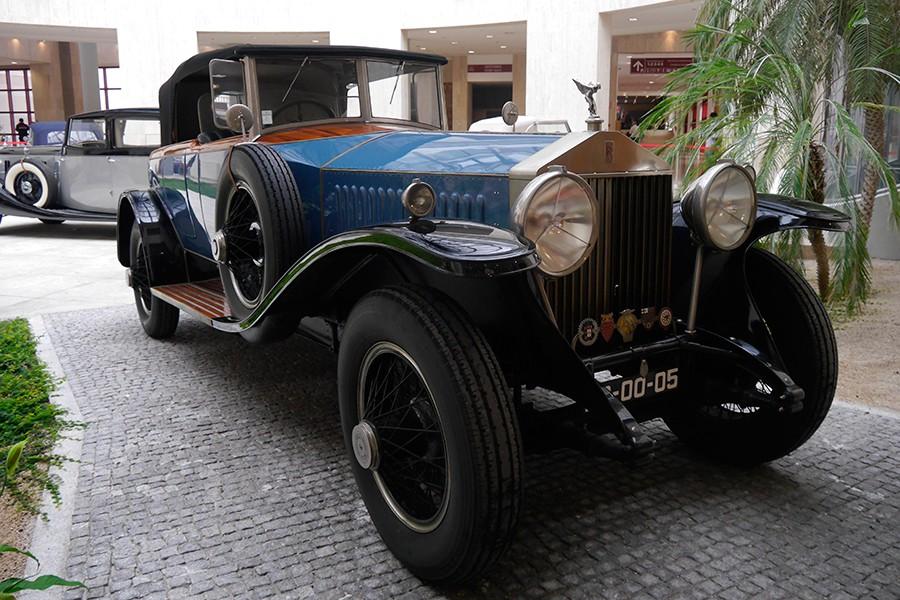 Precioso ejemplar clásico de Rolls Royce.