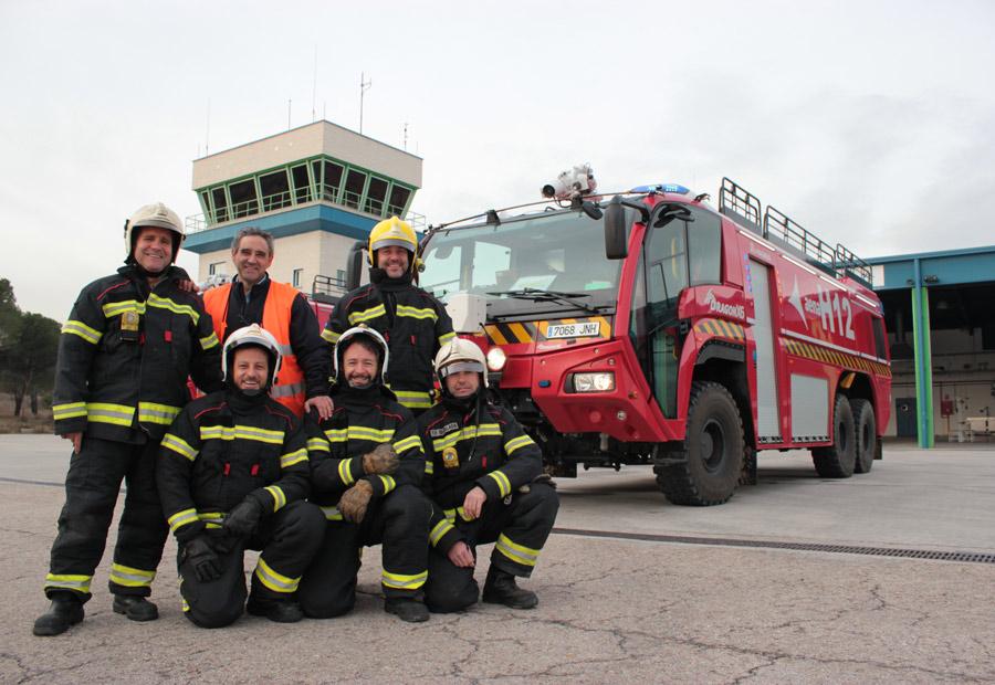 Como se puede apreciar, son un equipo unido y siempre dispuesto para solventar las emergencias.