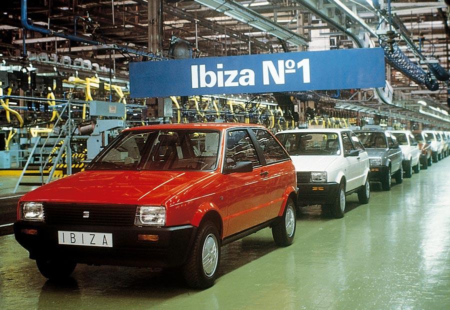 El primer Seat Ibiza vio la luz hace 33 años y, como todos, tiene sangre española.