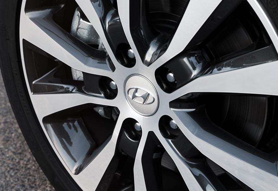 La seguridad activa electrónica es una de las grandes apuestas del nuevo Hyundai i30, situándose como referencia de la categoría.