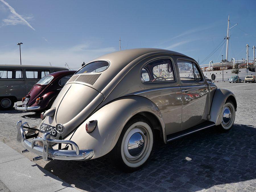 El VW Escarabajo es todo un icono de la industria del automóvil.