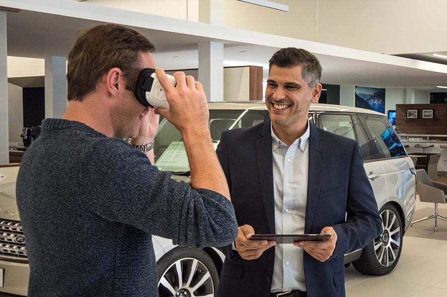 Jaguar y Land Rover apuestan por la realidad virtual en sus concesionarios.