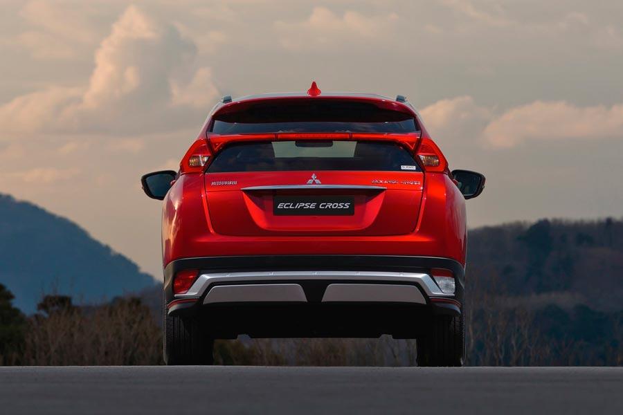 El nuevo SUV de Mitsubishi cuenta con un mecánica diésel y otra de gasolina.