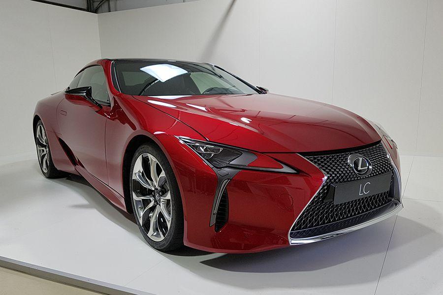 Lexus ha llevado a la producción un prototipo.