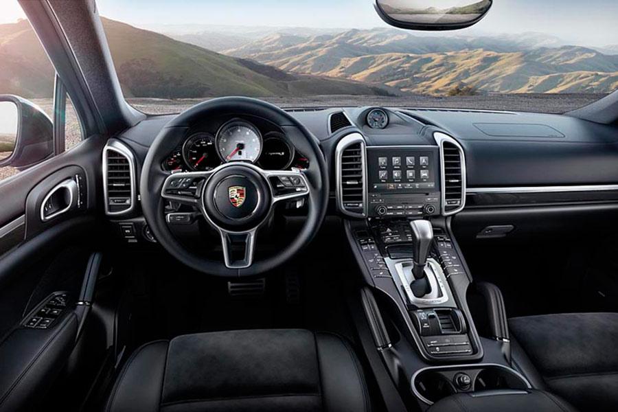 Porsche Cayenne S Platinum Edition.