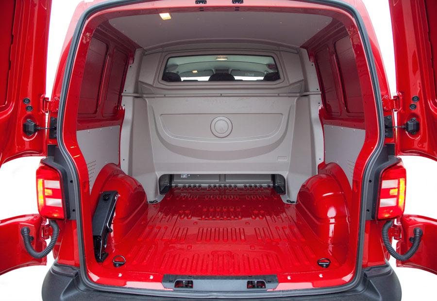 El VW Transporter Mixto Plus puede alcanzar una capacidad de hasta 4,4 m3.