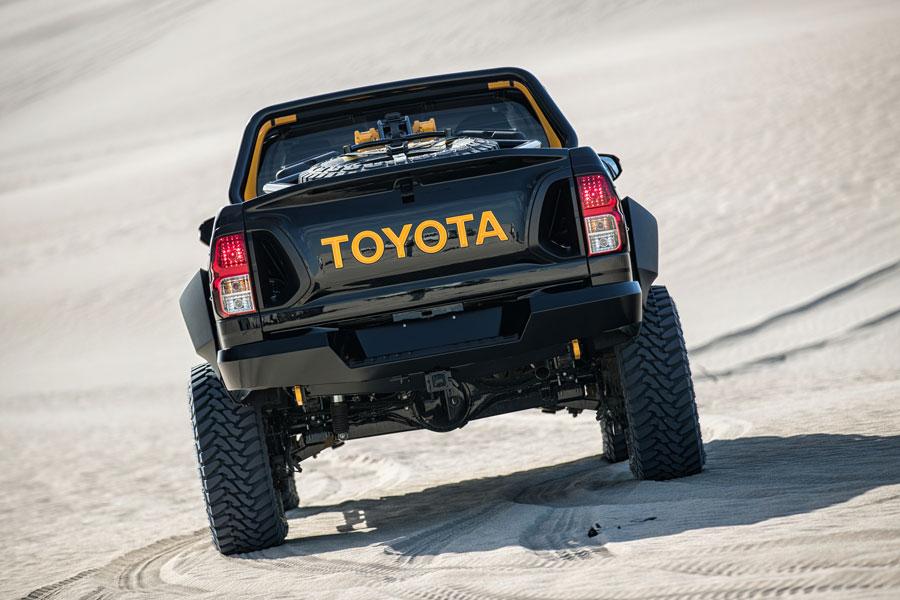Estáticas traseras del Toyota Hilux Tonka Concept.
