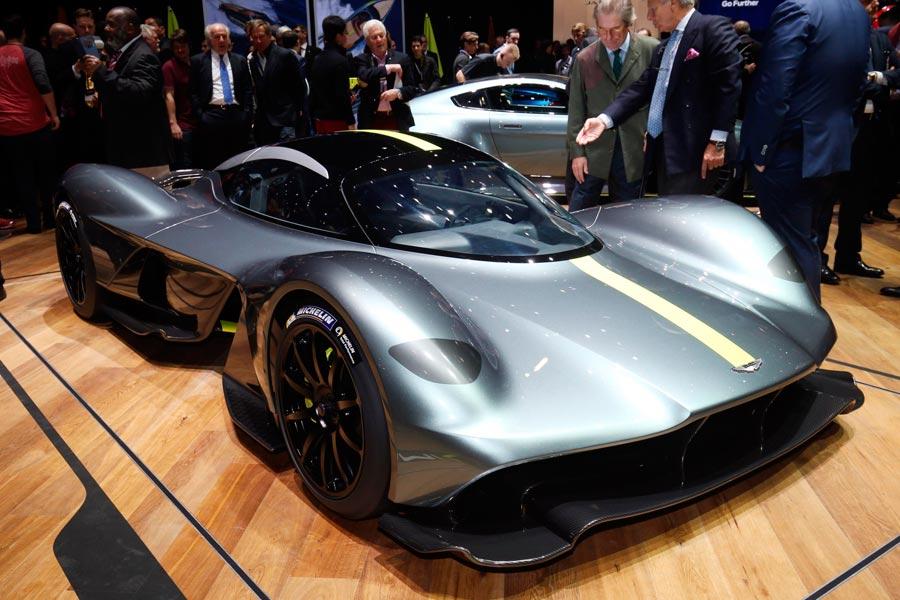 """Aston Martin Valkyrie, un Fórmula 1 """"de calle"""""""
