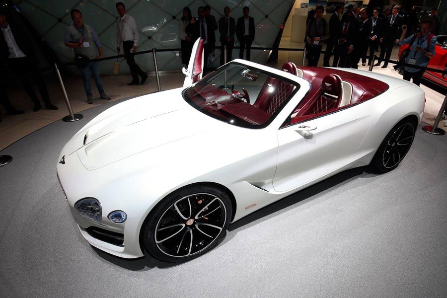 Así es el prototipo de Bentley para el Salón del Automóvil de Ginebra 2017.