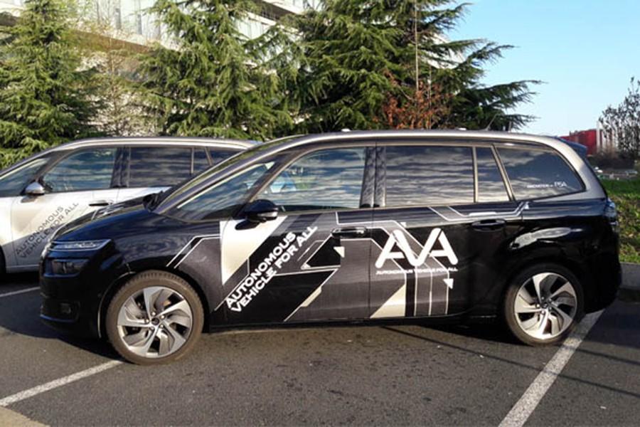 El Grupo PSA inicia sus pruebas de coches autónomos en París