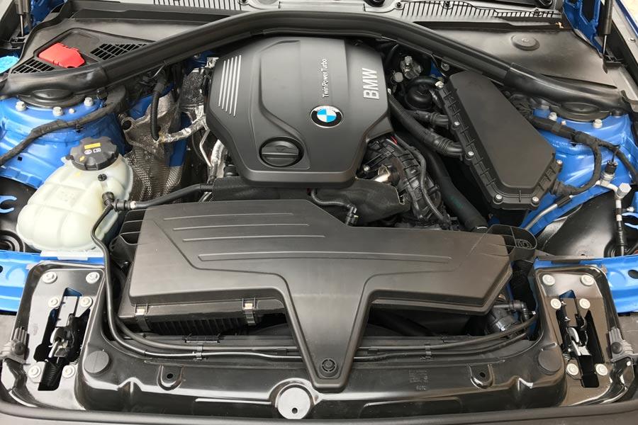 Este motor 2.0 litros diésel desarrolla una potencia de 150 CV.