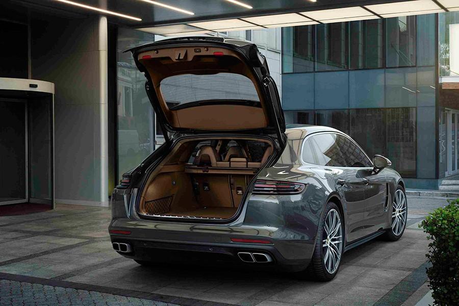 El maletero aumenta su capacidad en 20 litros.