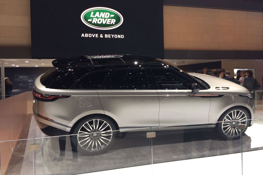 range rover velar toda la informaci n sobre el nuevo suv autocasi n. Black Bedroom Furniture Sets. Home Design Ideas
