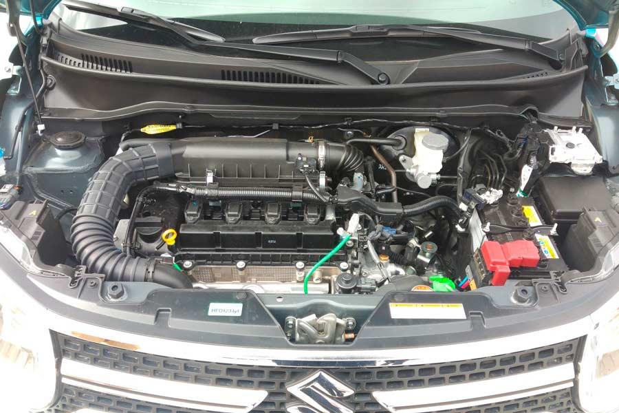 El motor de gasolina de 1,2 litros delSuzuki Ignis desarrolla 90 CV y entrega 120 Nm de par máximo.