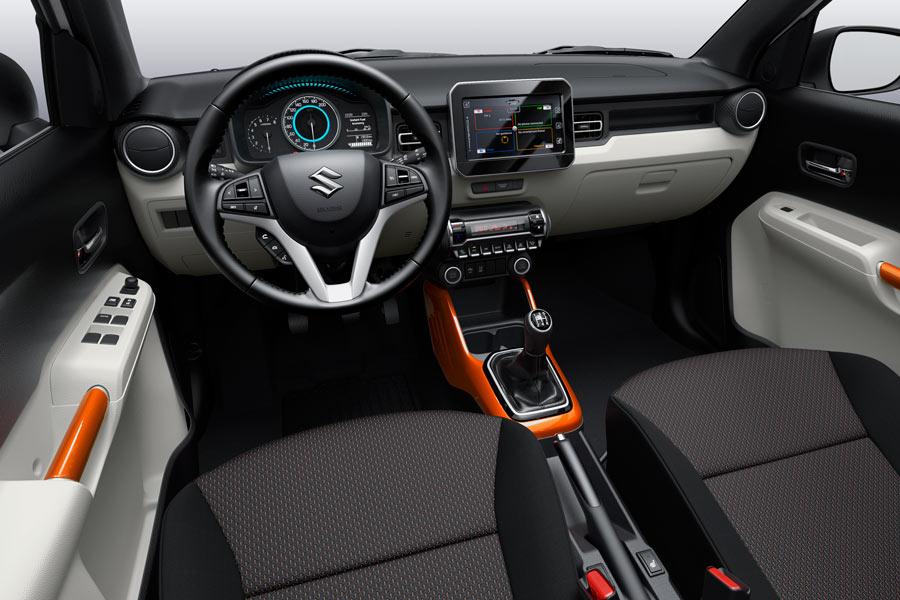 El interior del Suzuki Ignis 2017 ofrece distintas opciones para personalizarlo.
