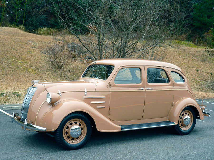 El Toyota AA tenía unas líneas inspiradas en el Chrysler Airflow.