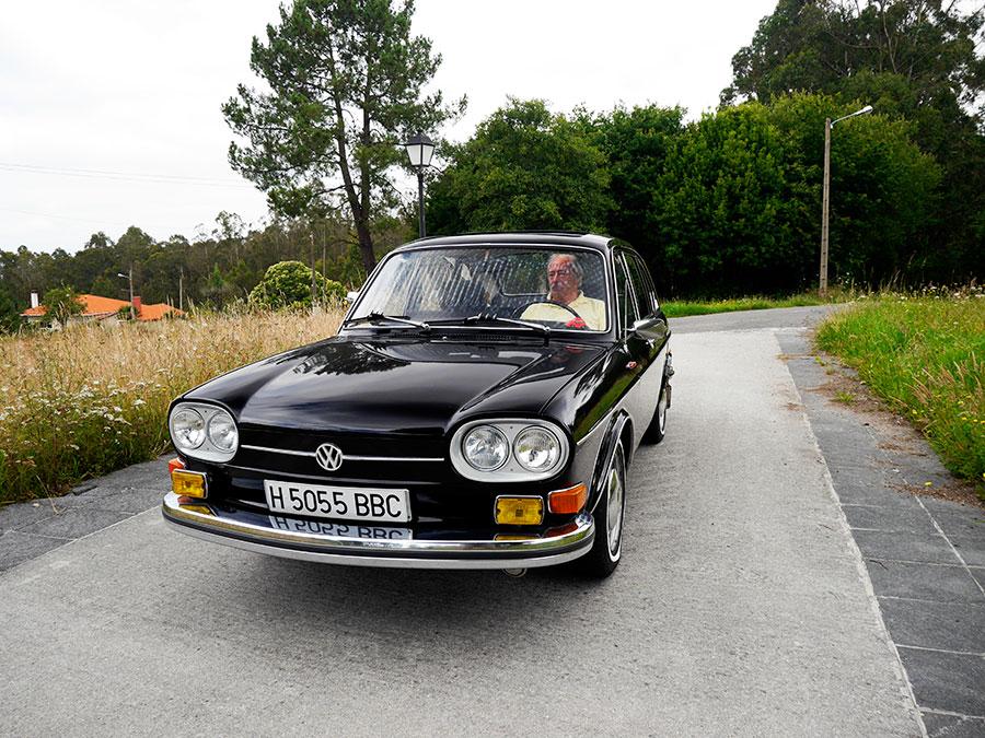 Qué diferencia un coche clásico de uno viejo