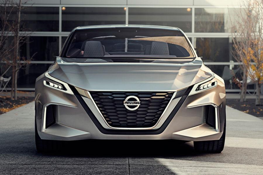 Nissan, con su V-Motion 2.0, es una de las marcas avanzadas en la continua carrera por el coche del futuro.