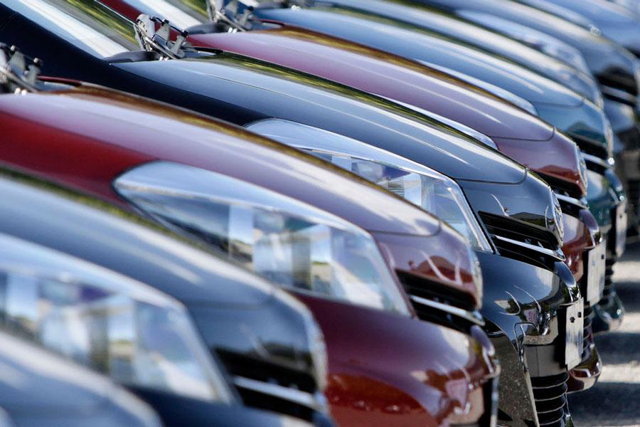 Las ventas de coches en Cataluña se mantienen estables