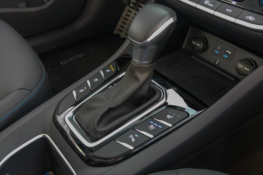 El cambio automático de doble embrague empleado por Hyundai supera con creces al de los híbridos de Toyota.